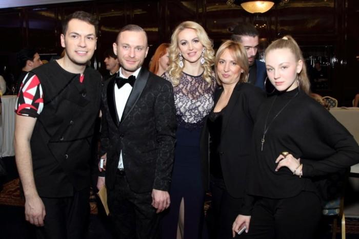 Денис Аверьянов-официальный стилист Fashion TV