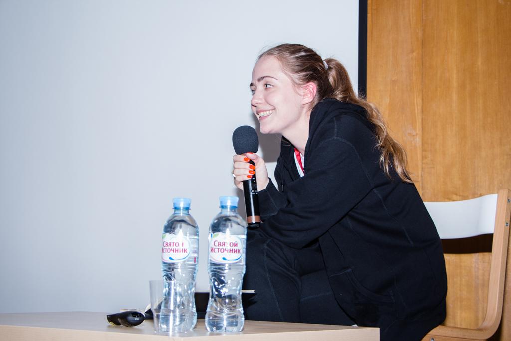 Авдотья-Александрова,-основательница-Lumpen-улыбается