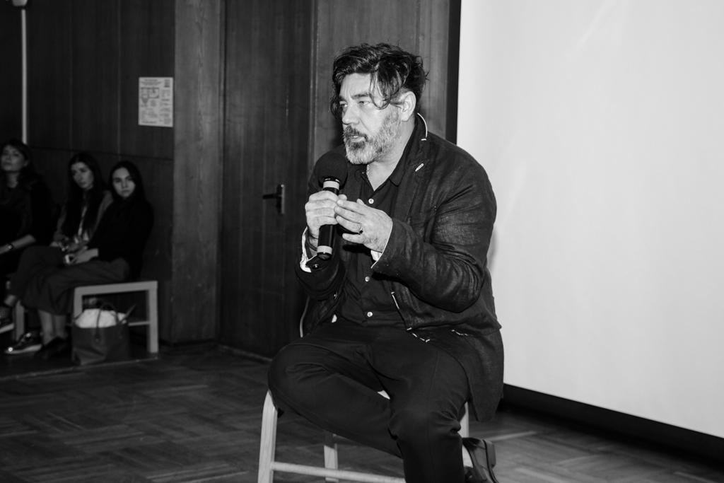 Даниил-Берг,-креативный-директор-ЦУМ-вещает
